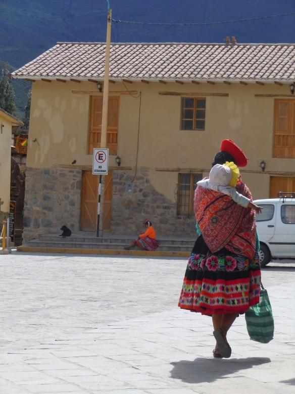 Chola em Ollantaytambo, Peru