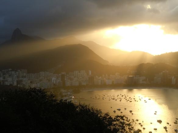 Pôr-do-Sol no Rio de Janeiro, Brasil. Foto: Guilherme Mendes Thomaz