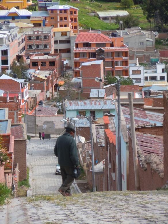 Señor Descendo a Ladeira - Copacabana, Lago Titicaca, Bolívia