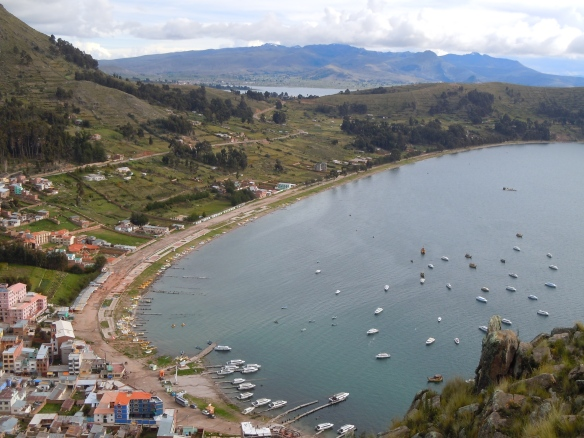 Copacabana-Bolivia-Lago-Titicaca