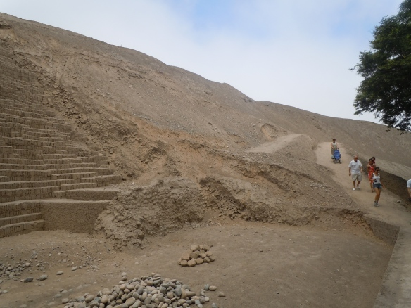 Huaca-Pucllana-Miraflores-Lima-Peru-3