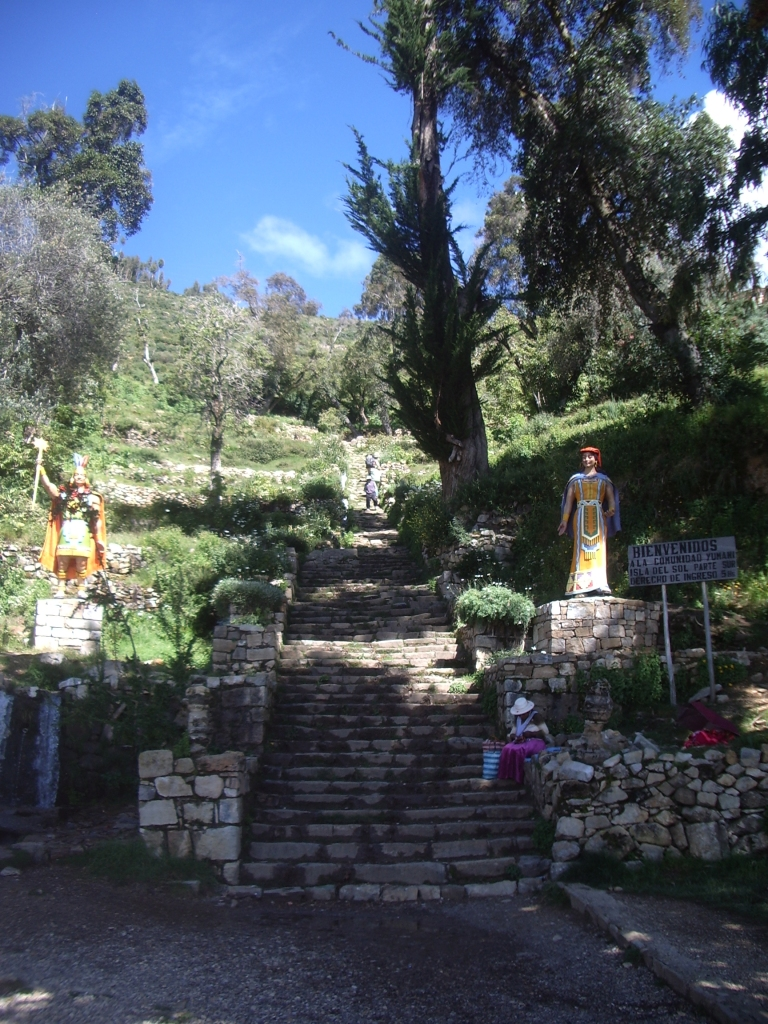 Isla-del-Sol-Bolivia-Lago-Titicaca-Copacabana