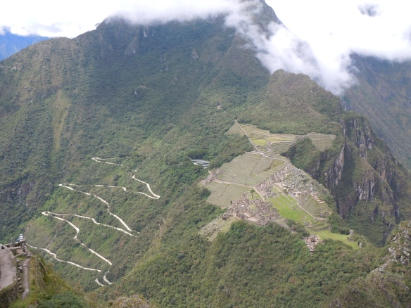 Machu-Picchu-visto-de-Waynapicchu-Hikking-Machu-Picchu-Peru