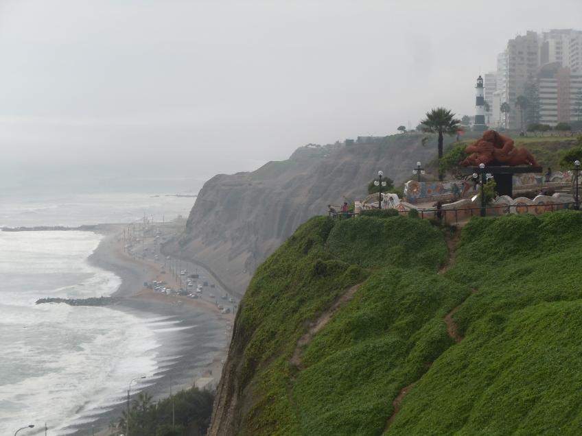 Parque-del-Amor-Praia-de-Miraflores-Lima-Peru