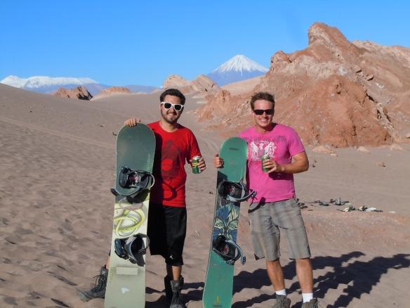 Sandboarding-Deserto-do-Atacama-San-Pedro-de-Atacama-Chile-Valle-de-La-Muerte-Vale-da-Morte