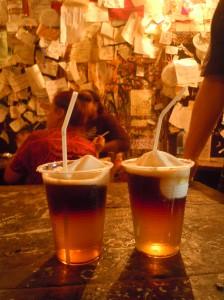 Terremoto-Bebida-Chilena-La-Piojera-Santiago-Chile-Mochilão América-do-Sul